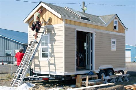 how to build small house how to build a tiny house