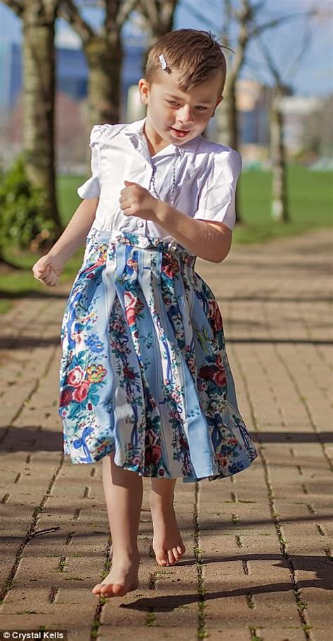 mom dresses son in girls clothes canadian mom shares images of son aged 5 wearing dresses