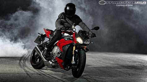 Motorrad Stunts Usa by 2014 Bmw S1000r First Look Motorcycle Usa
