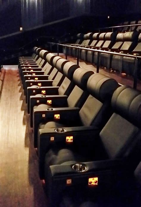 reclining movie theater seats luxury seating and recliners at detroit movie theaters