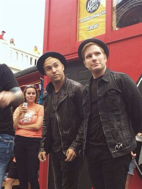 Pete Wentz Likes It In The Bathroom by 2625 Best Images About Fobsessed Fall Out Boy On