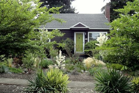 does house landscaping increase home value retaining wall