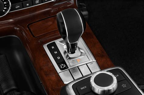 mercedes benz g class interior 2015 2015 mercedes benz g class gearshift interior photo