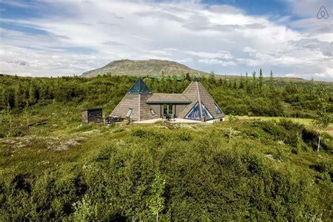 airbnb iceland 8 au 223 ergew 246 hnliche airbnb unterk 252 nfte in den berg