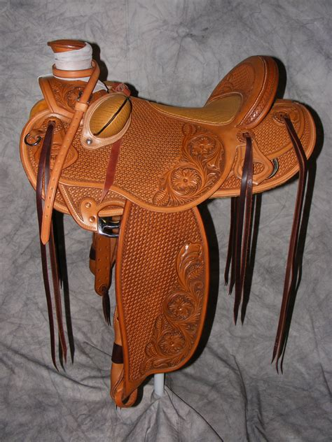 Handmade Saddles - quality custom made saddles cliff wade modified