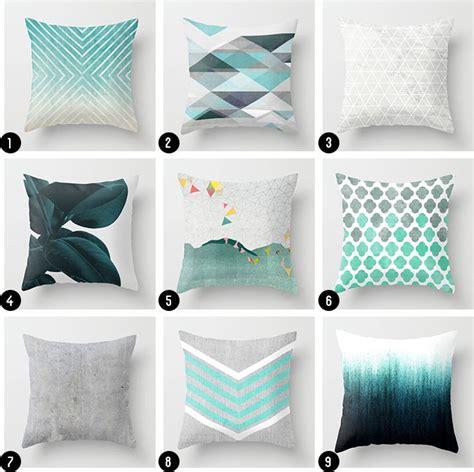 Decorative Pillows Home Goods by Best 25 Teal Throw Pillows Ideas On Pinterest Teal
