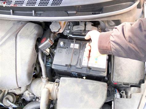 hyundai elantra battery replacement diy battery replacement hyundai elantra 2011 2016