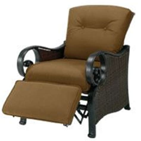 lazyboy outdoor recliners you can call me lazy boy on pinterest recliners lazy