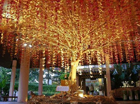 1000 Origami Cranes Wedding - the bird is the word weddingbee