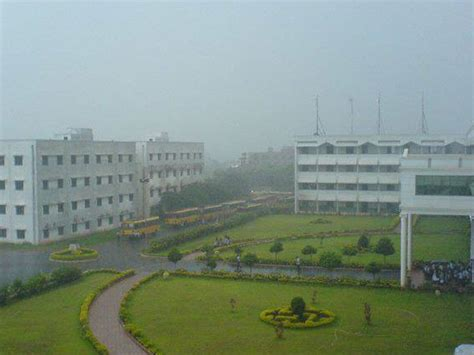 Mba Univercity In Visakhapatnam by Pydah College Of Engineering And Technology Visakhapatnam