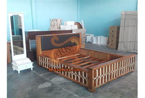 Tempat Tidur Bed Florence bed akasia code bed09 rotankita