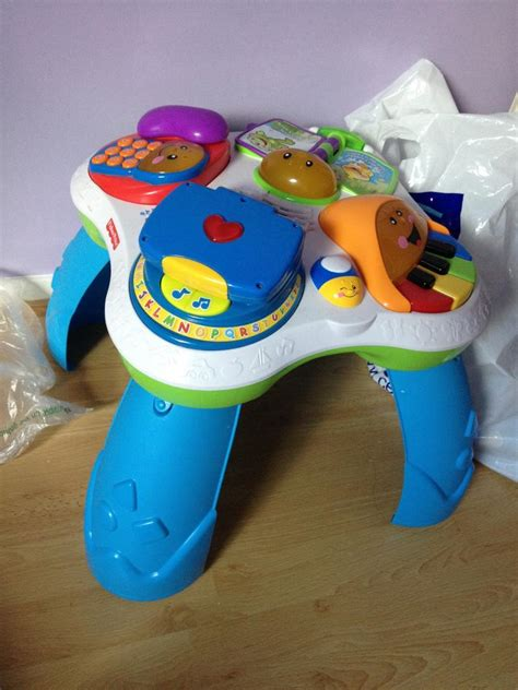 table eveil fisher price table rires et 233 veil bilingue fisher price avis