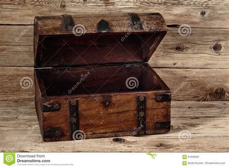 the in the chor trunk an blanc mystery books ouvrez le coffre de vintage photo stock image 61000692