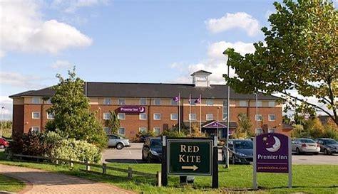 premier inn keswick premier inn wakefield south m1 jct39 hotels wakefield