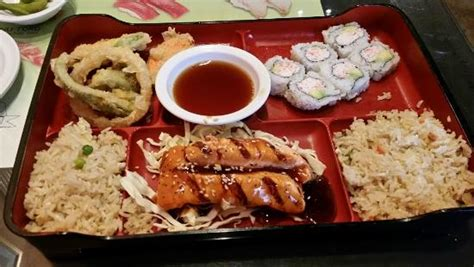 sushi house bentonville ar flaming rolls picture of sushi house bentonville tripadvisor