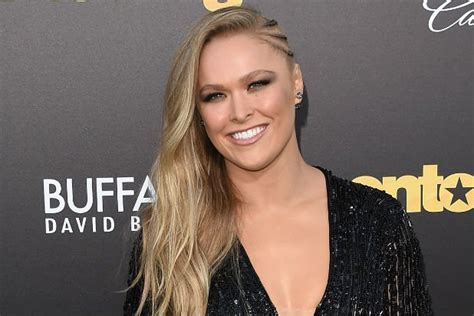 ronda rousey eye color ronda rousey 2018 hair eyes feet legs style weight