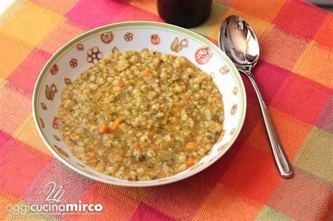 come si cucina il minestrone minestrone benessere ricetta bimby oggi cucina mirco