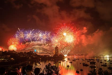 new year celebration sydney the all time best ways to celebrate new year live your