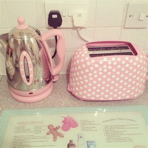 pink appliances kitchen best 25 pink kitchens ideas on pinterest pink kitchen