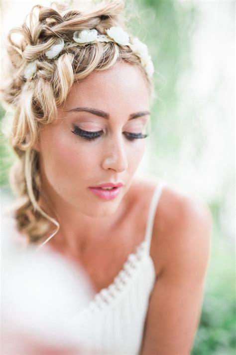 wedding hairstyles  medium length hair modwedding