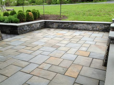 pennsylvania bluestone natural cleft flagging blue stone patio stones
