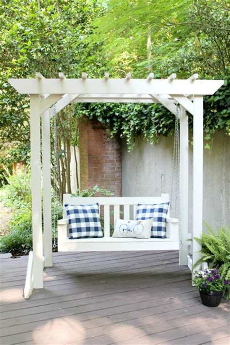 porch swing  pergola buildsomethingcom