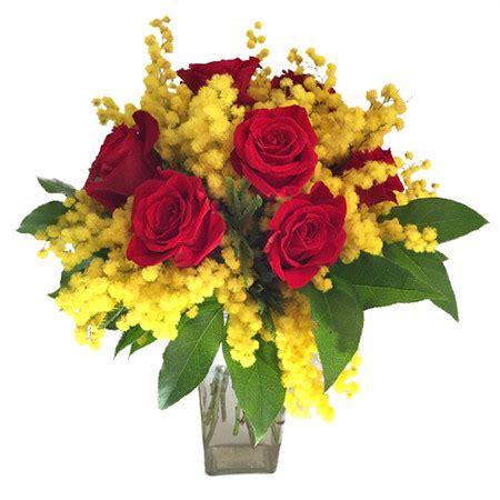 bouquet mimosa e fiori foto bouquet mimosa e consegna fiori a lecco per la