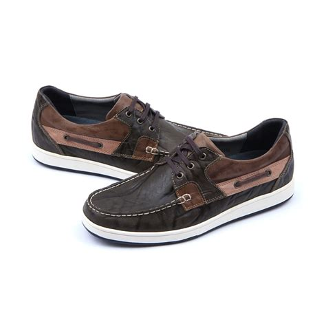 boat shoes or sneakers boat shoes or sneakers 28 images mens navy leather non