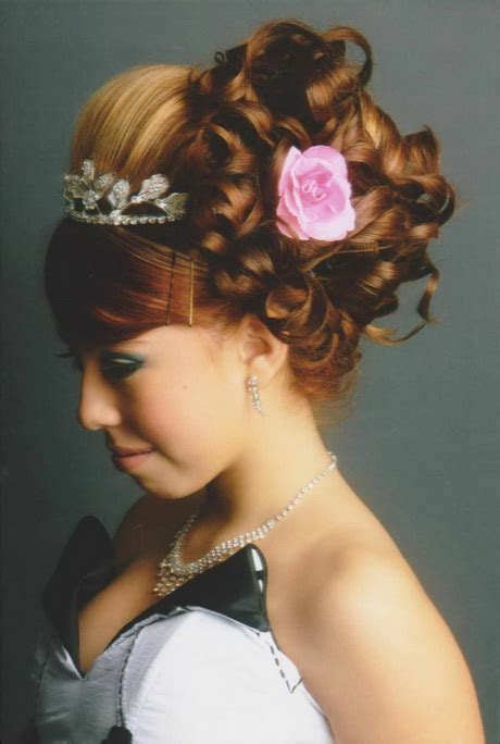 quinceanera hairstyles for long hair with curls and tiara hairstyles quinceanera