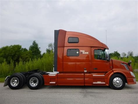 volvo vnlt  indiana  sale  trucks  buysellsearch