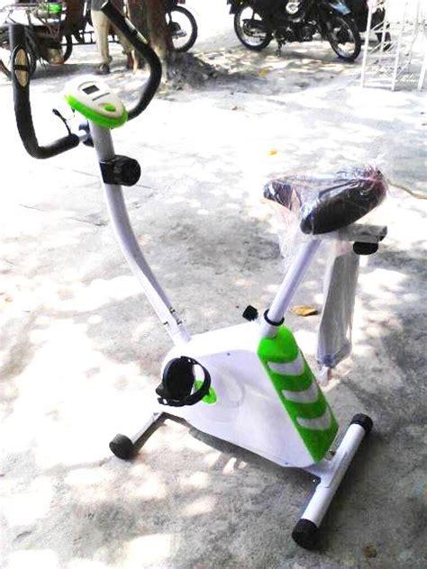 Alat Gim Dan Fitnes Sepeda Magnetik Crosstrainer Bike Tl 600 B fitnes murah sepeda crosstrainer magnetik green bike spt shaga excider bike alat olahraga