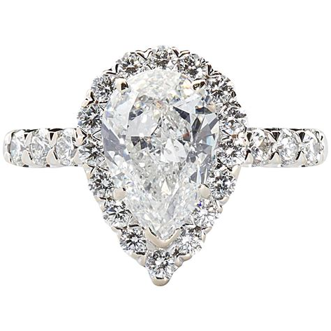 2 00 carat cert pear shaped gold halo