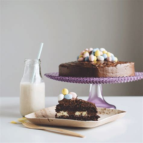 13 Ingredients And Directions Of Chocolate Layer Crumb Bars Receipt by Chocolate Layer Cake With Bavarian The Food Gays