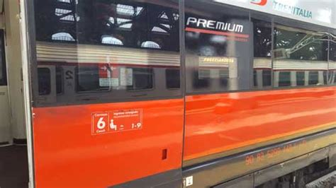 carrozza treno come viaggiare comodamente in treno con trenitalia