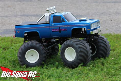 bigfoot monster truck model everybody s scalin for the weekend bigfoot 4 215 4 monster