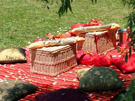 christmas baskets in south africa durban the great gourmet picnic guide eat out
