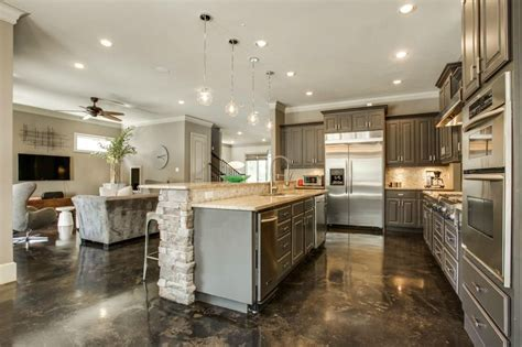 Kitchen Center Island Plans by Traditional Kitchen With Pendant Light Amp L Shaped In North