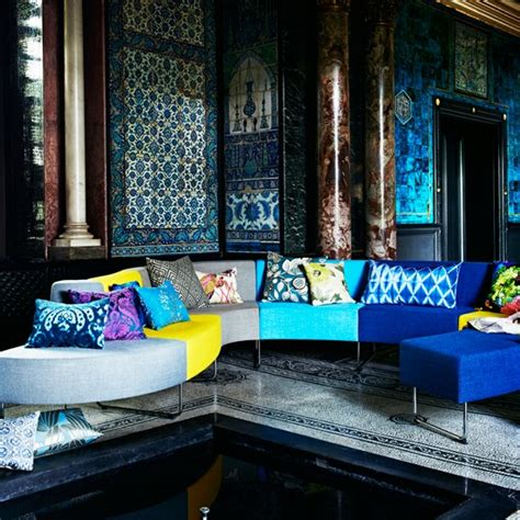 Peacock Inspired Living Room by Istanbul The City Of Contrasts L Essenziale