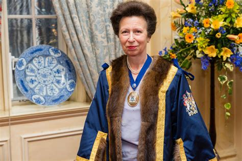 35221 Princess Royal silversmith ben wins royal commission thanks to goldsmiths company s recommendation