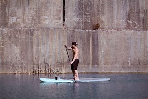 stand  paddleboard  street artist brings life