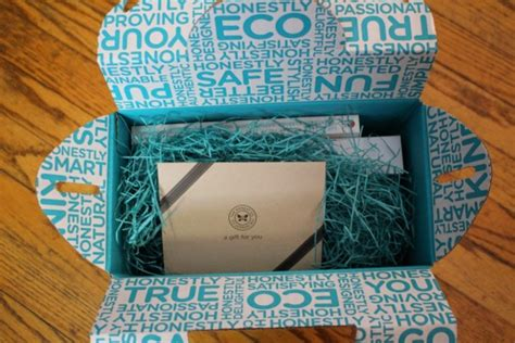 Honest Company Gift Card - honest company essentials bundle gift box review hello subscription