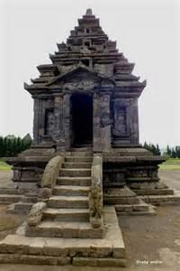 Proxemic Relief Candi Candi Abad Ke 8 10 Agus Aris Munandar Buku diaznet tugas anak sekolahan peninggalan agama budha hindu dan islam di indonesia