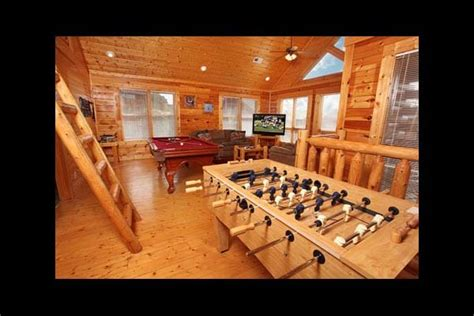2 bedroom condos in pigeon forge tn pigeon forge vacation rentals cabin da crawfish hole