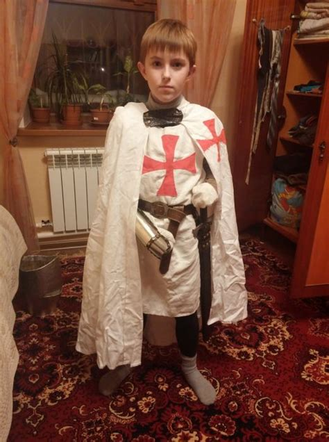 how to make your own knight costume 12 pics