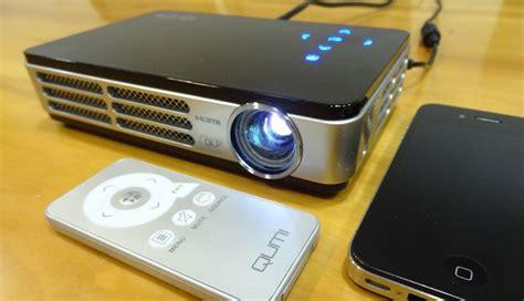 Proyektor Qumi vivitek qumi q2 pocket projector review gizmodo australia