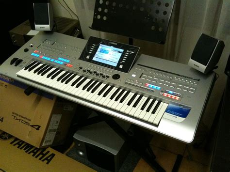 Keyboard Yamaha Tyros 4 yamaha tyros 4 image 177273 audiofanzine