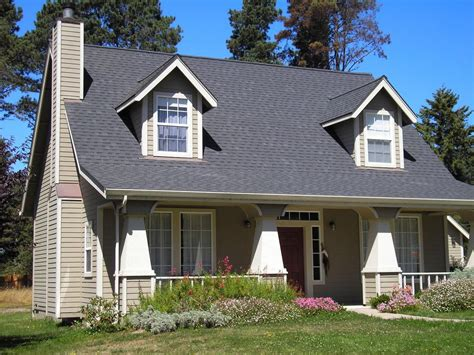 charming and spacious 4 bedroom craftsman style home charming craftsman style 3 bedroom 3 bath vrbo