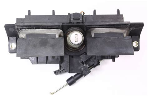 Trunk Handle & Lock Cylinder Audi A6 S6 98 04