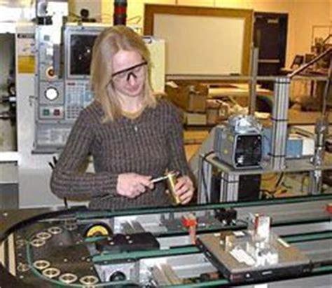 bob sanders bench press robert morris university learning factory components