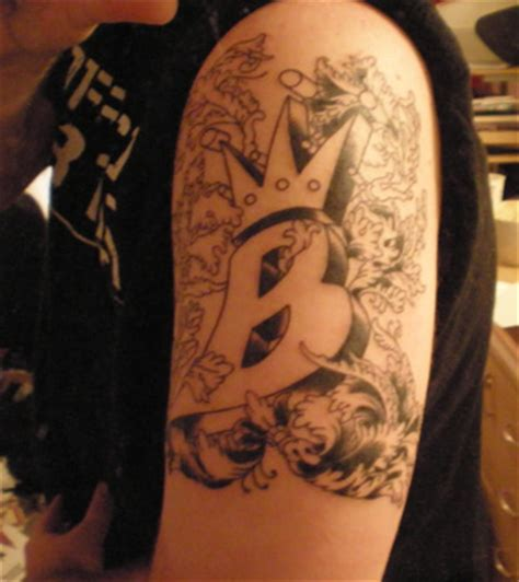 lil kim tattoos beginning bee picture